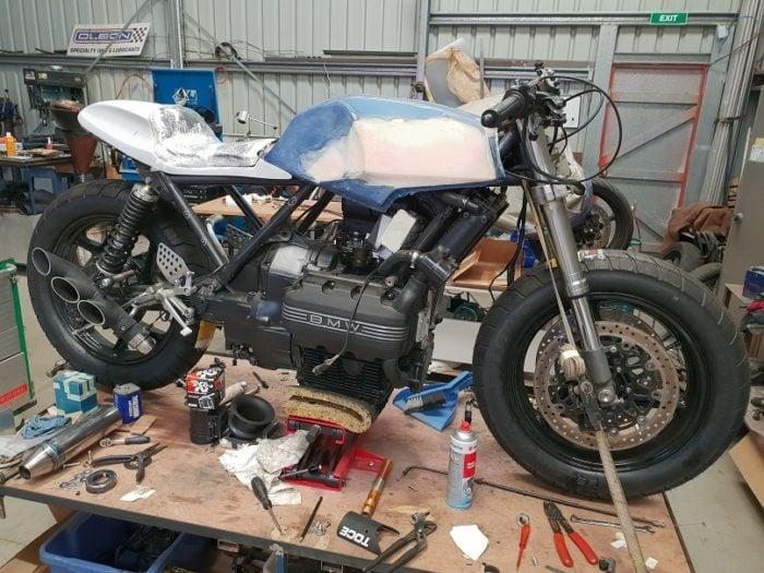 BMW K75 Cafe Racer Build 16