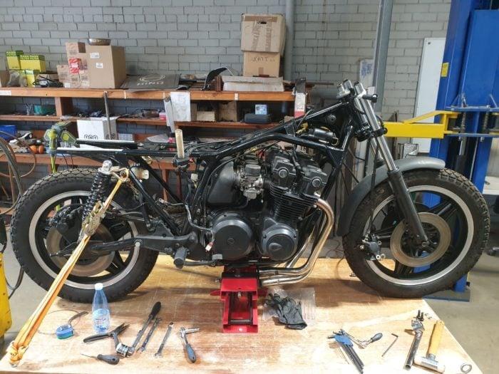 Honda CB750 F Cafe Racer Build 2
