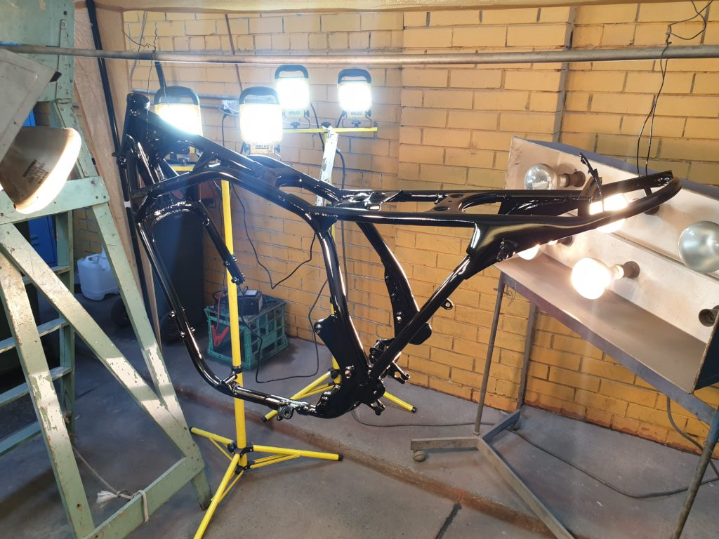Honda CB750 F Cafe Racer Build 35