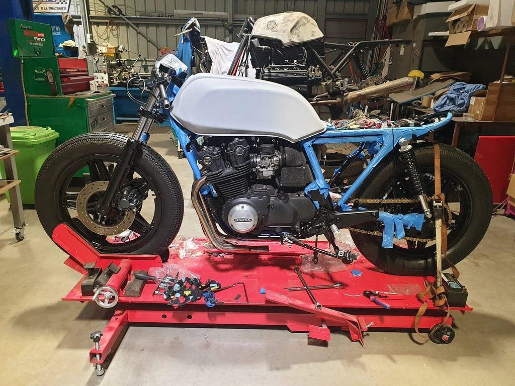 Honda CB750 F Cafe Racer Build 54